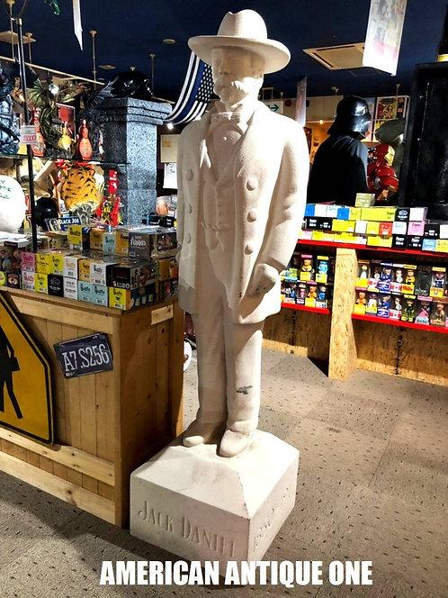 ジャック・ダニエルズ 巨大189cm