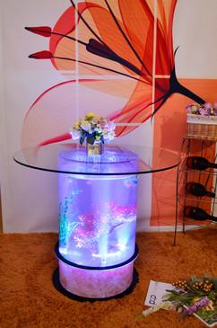 アクアバブルアクリルテーブル 新品未開封 カラーバリエーション豊富なLEDライトで光る!! 存在感抜群 80cm×80cm