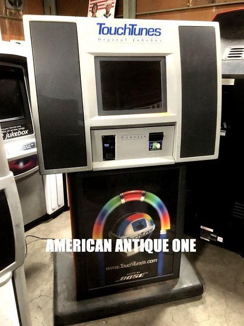 最新型のジュークボックス!! タッチチューンズ社 デジタル・ジュークボックス USA直輸入