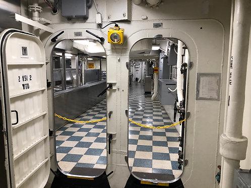 戦艦アイオワ 船内047