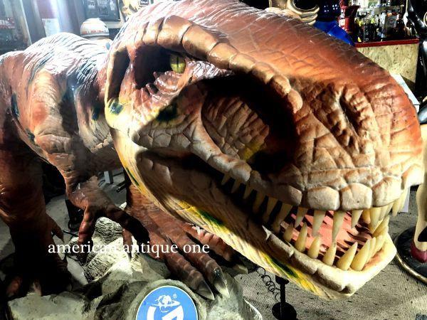 動く恐竜  USAトイザらス T-REX /  2m