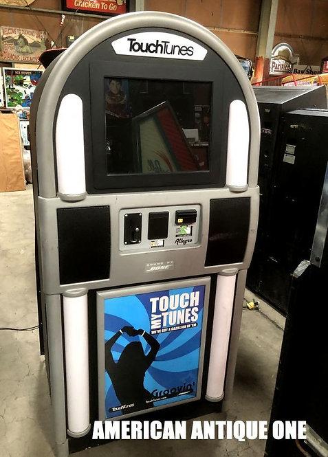 Digital Jukebox / Touch Tunes BOSE