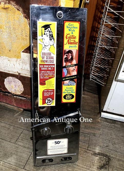 なんと47年前の1973年物!! セクシーパズルが25セントの時代かぁ^^; 鉄製79cm アメリカンセクシーガール