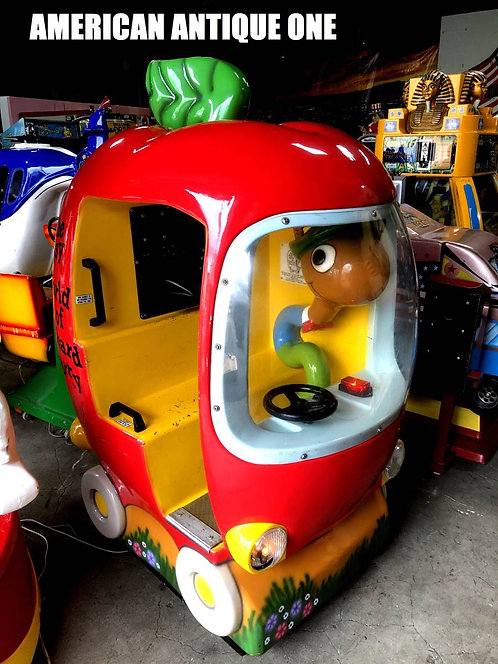 Richard Scarry Apple car / Ride on