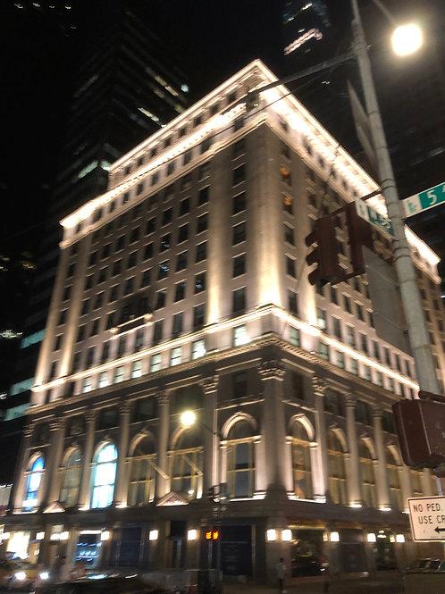 ニューヨーク夜のビル