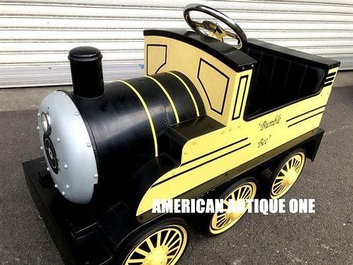 ファンの方には堪らない!! バンブルビー / トランスフォーマー:ハートオブスティール 機関車 ライド・オン ペダルカー USA直輸入