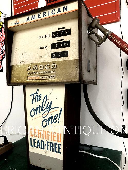 1960s gas pump type display