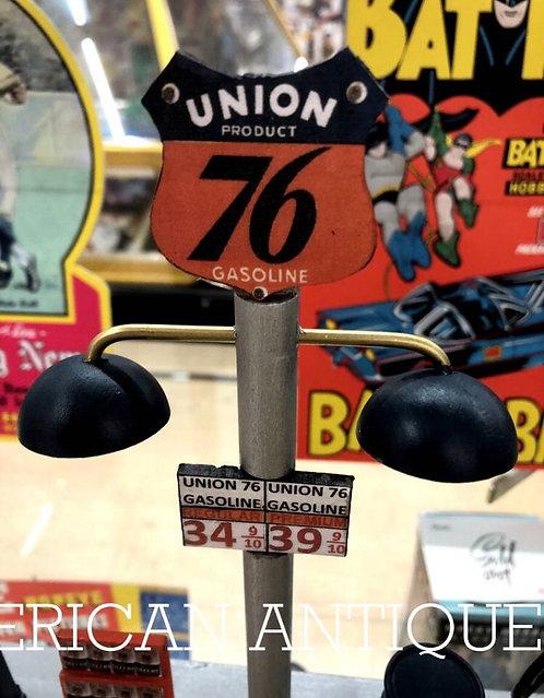 76 (7thy Six) Gas Station Diorama Model