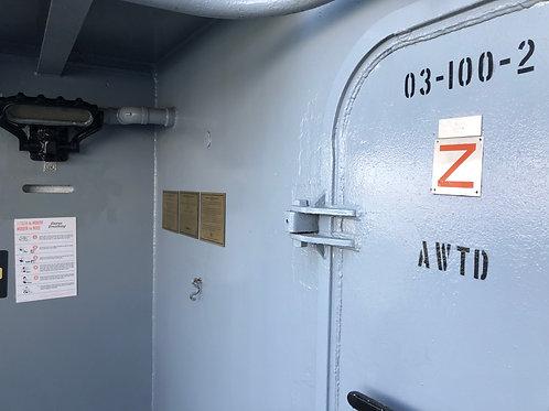戦艦アイオワ 船内ドア
