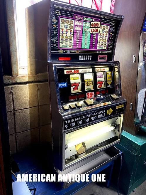 1996 International Game Technology Model B5036CFW / Slot machine
