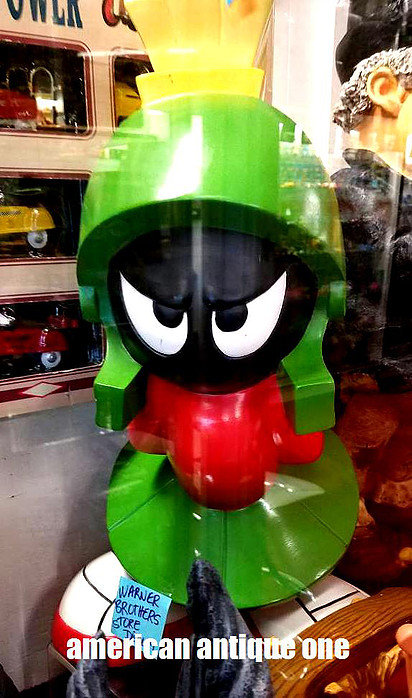 Marvin the Martian / Store Display