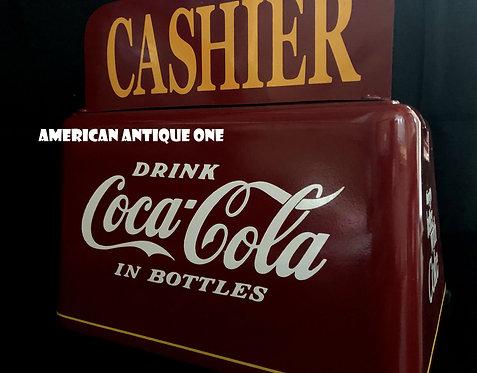 重量感、存在感抜群 1950年代イメージデザイン USAコカ・コーラ 鉄製 コインチェンジャー USA直輸入