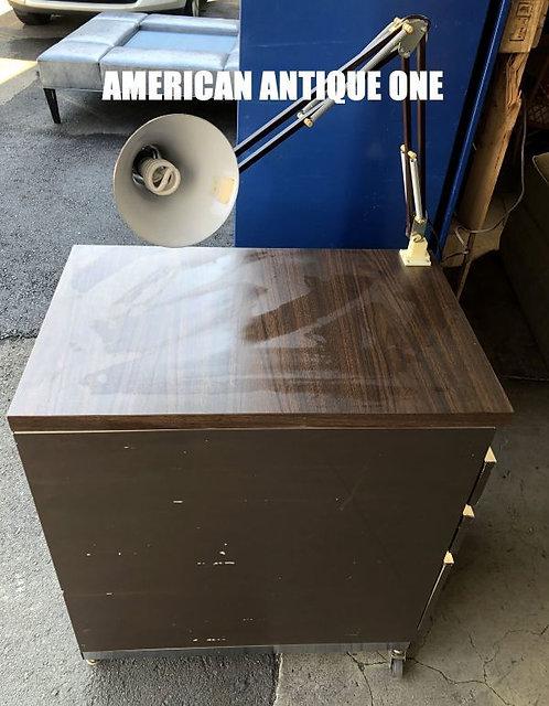 大型80cm 収納力抜群◎ 作業台 卓上ランプ、キャスター付き ランプ点灯OK!! USA直輸入