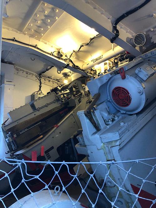戦艦アイオワ 船内016