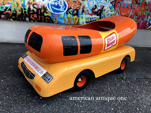 USA直輸入 激レア 111cm オスカーマイヤー社 / ウィンナーモービル★ライドオン・ペダルカー