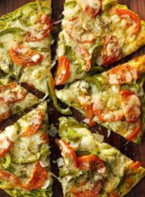 """Pizza napolitana con """"masa"""" de zucchini o zapallitos"""