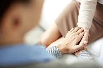tröstlich Hände