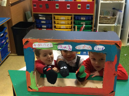 Punch and Judy performances in 1B