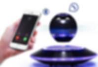 可愛い充電器(モバイルバッテリー パワーバンク) LEDで電池残量をお知らせ。 Bluetooth接続でスマホやiPhoneのカメラシャッターを遠隔操作
