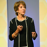 Keynote-Speaker-Eileen-McDargh-on-Blue-G