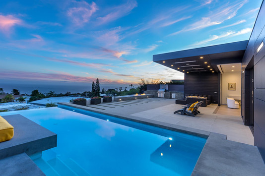 Palisades Marquez Knolls Residence