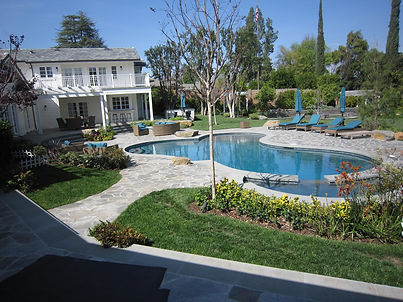 Wells-Drive-2011-Yard-with-Pool-Complete