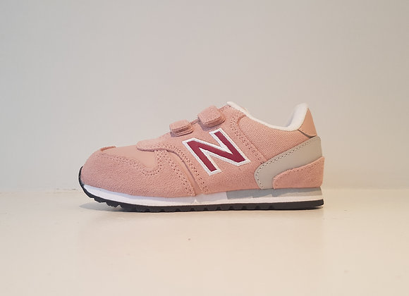 New Balance 770 Pink