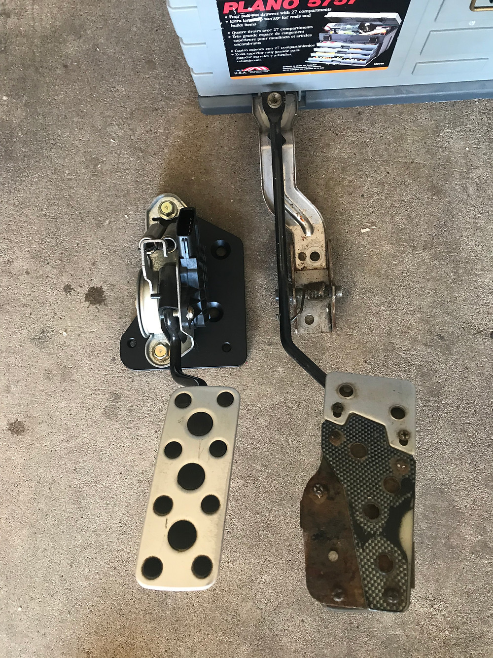 New STi pedal on left. Old 2.5 rs pedal on right.Tyro Racing. A rally racing team.