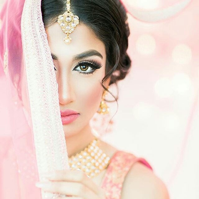 Whimsical Bollywood Dream in Watercolours [Styled Shoot]