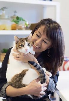 五月女圭紀 愛猫1.jpg
