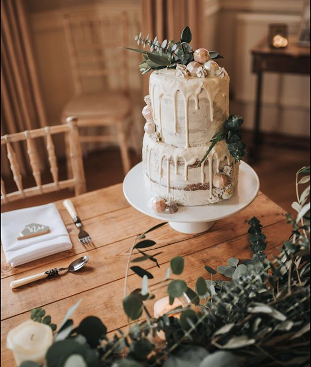 Semi-naked decorated cake