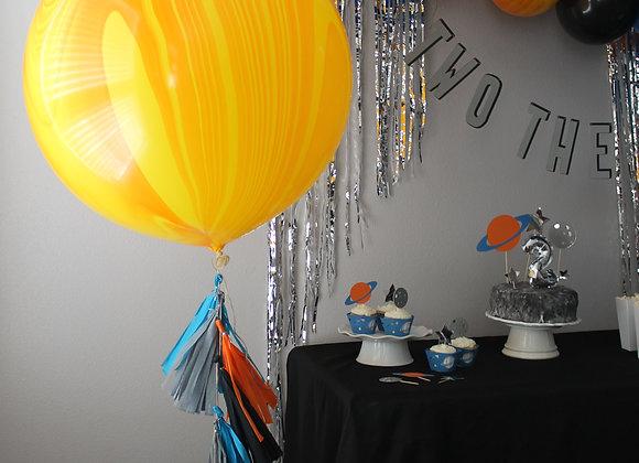 Jumbo Agate Balloon and Tassel Tail