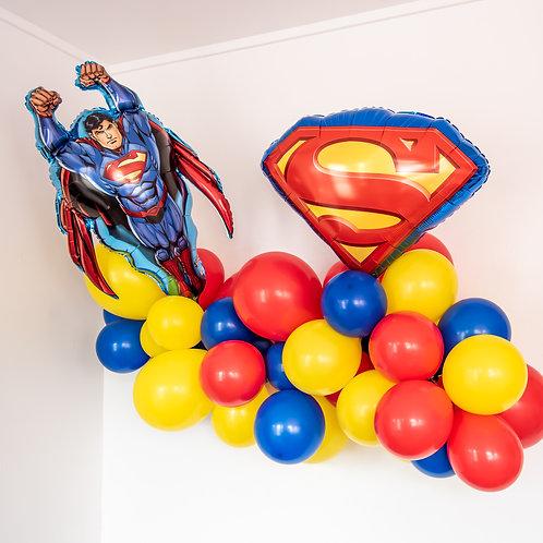Superman Balloon Garland
