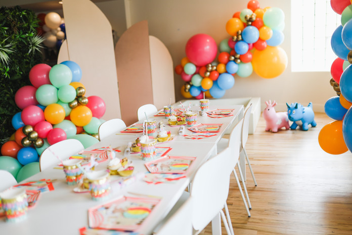 10% discount on party supplies and balloons!