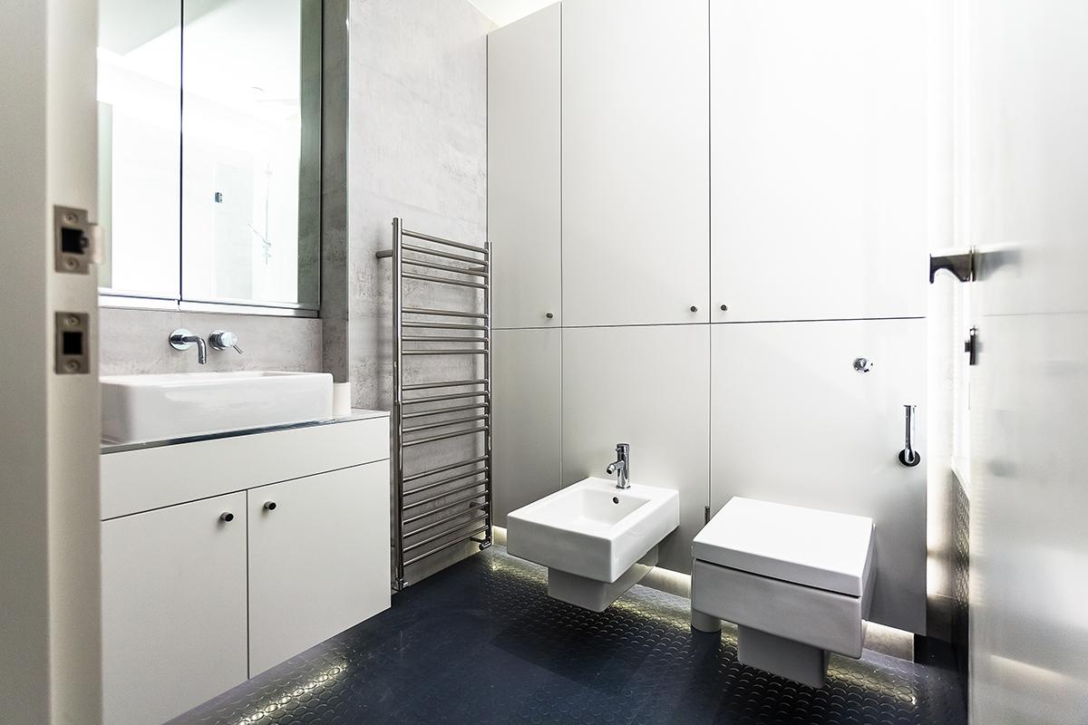 Putney - bathroom 01