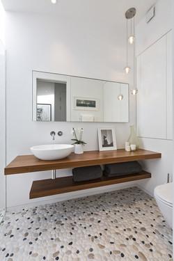 Kentish Town - bathroom 02