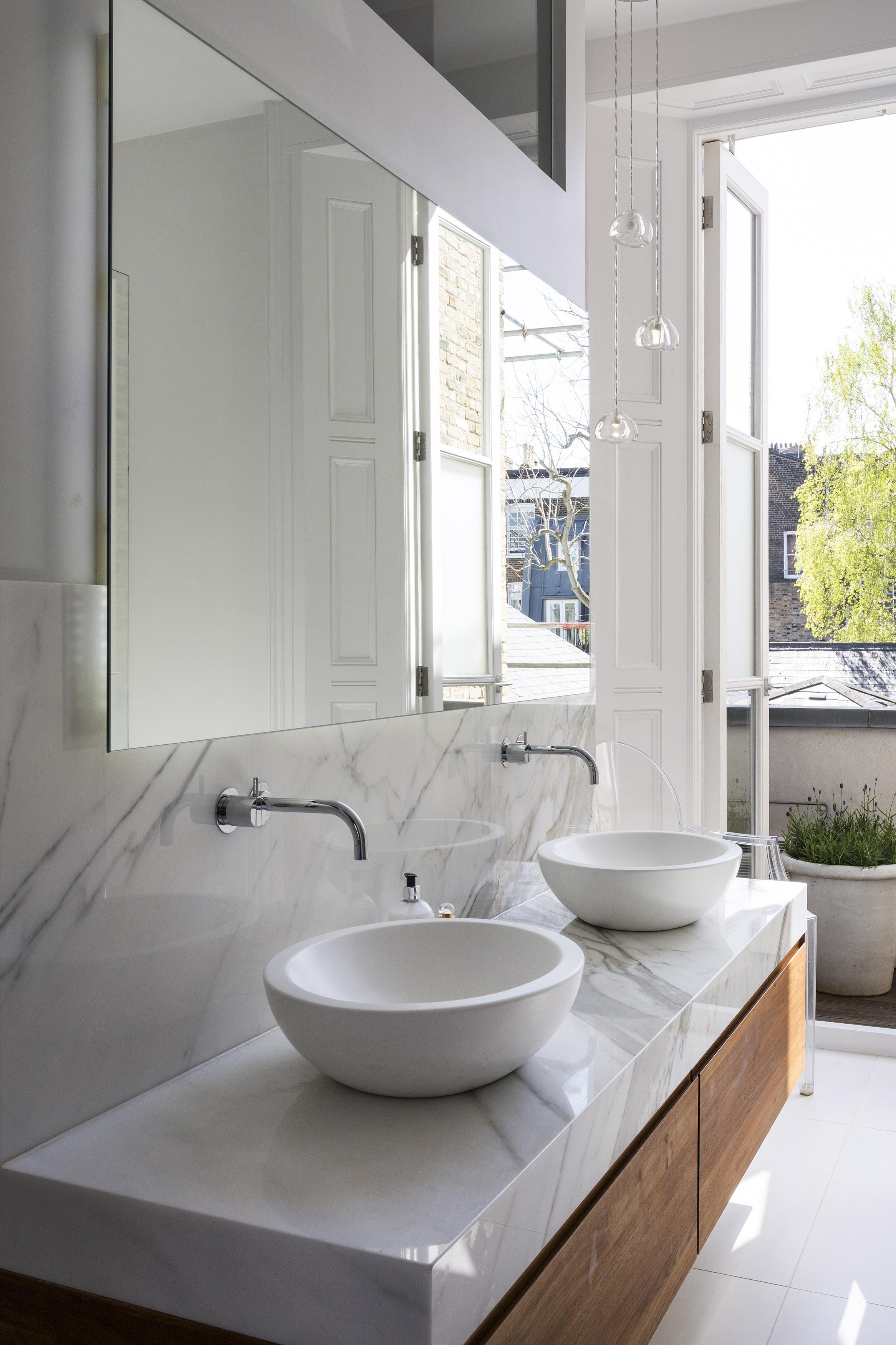 Primrose Hill - bathroom 02