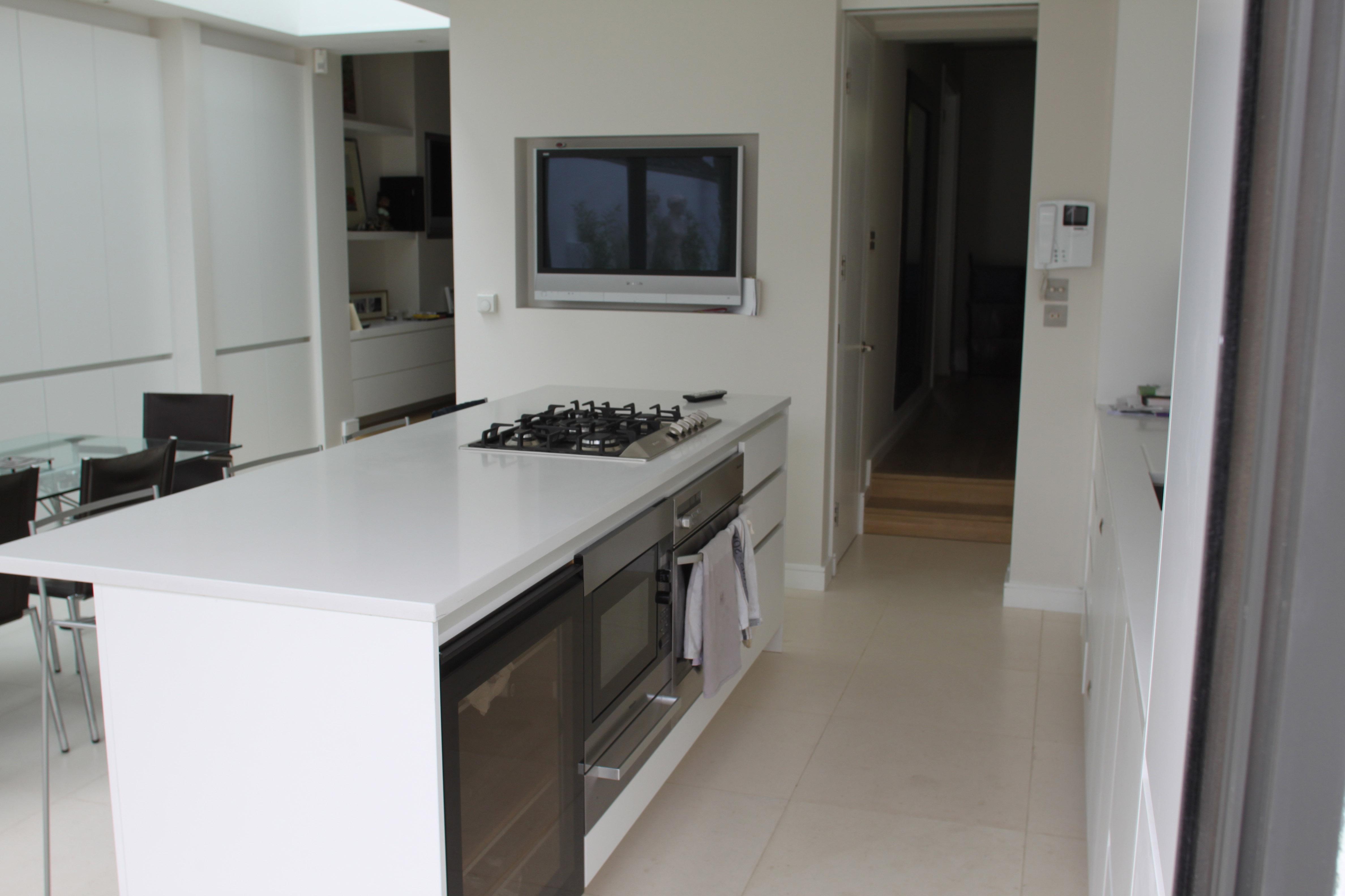Wood Green - kitchen 02