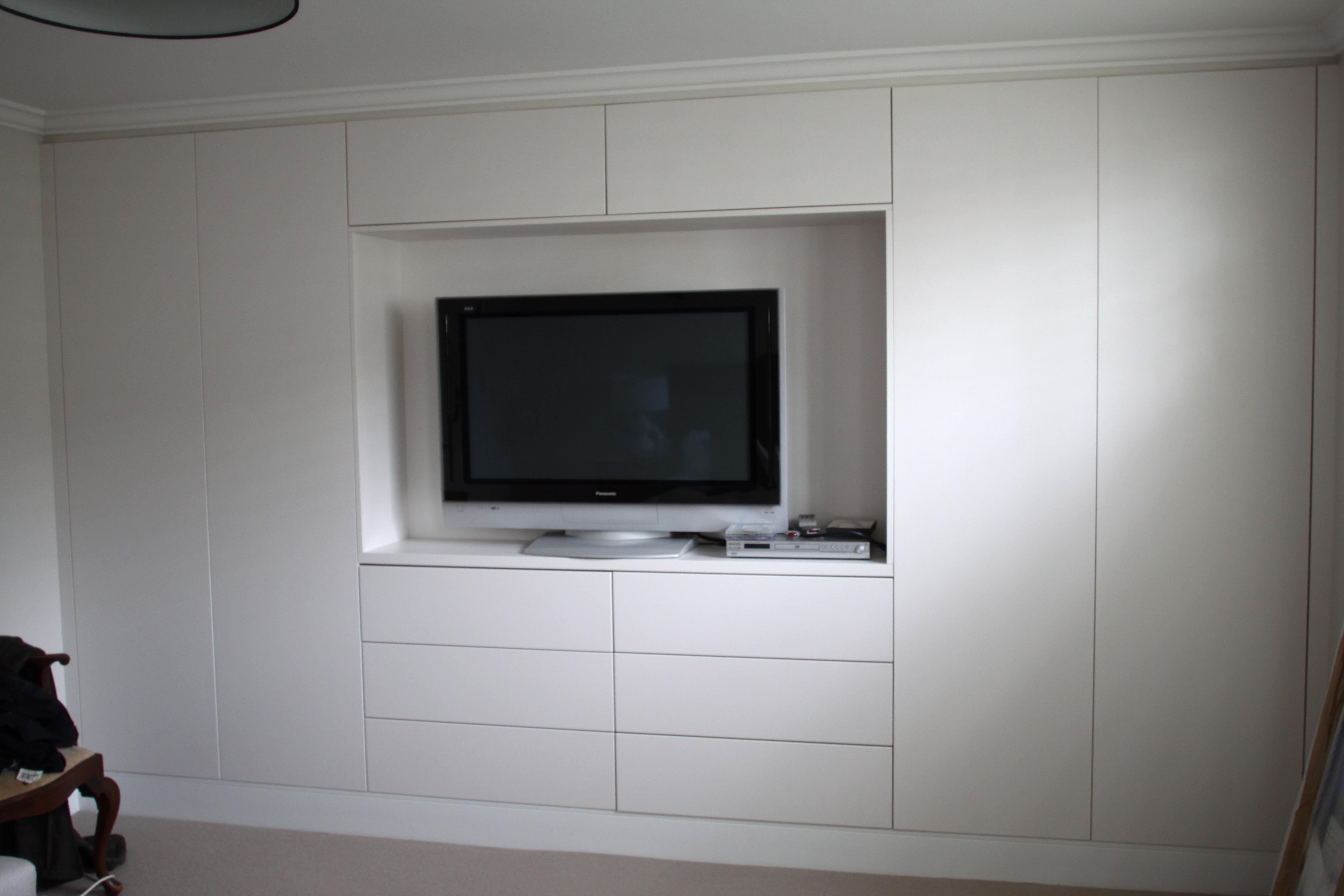 Wood Green - cabinet 01