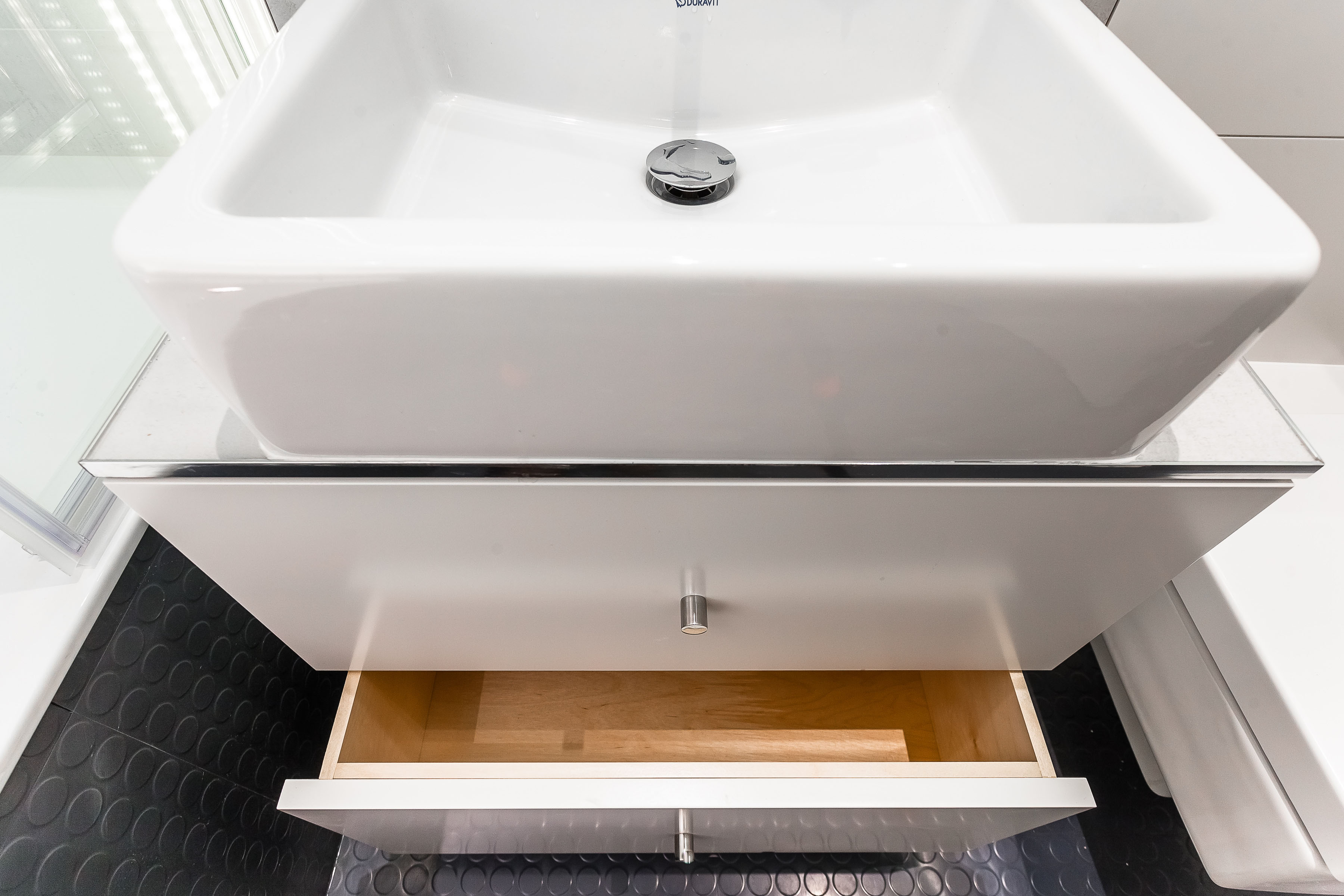 Putney - bathroom 05