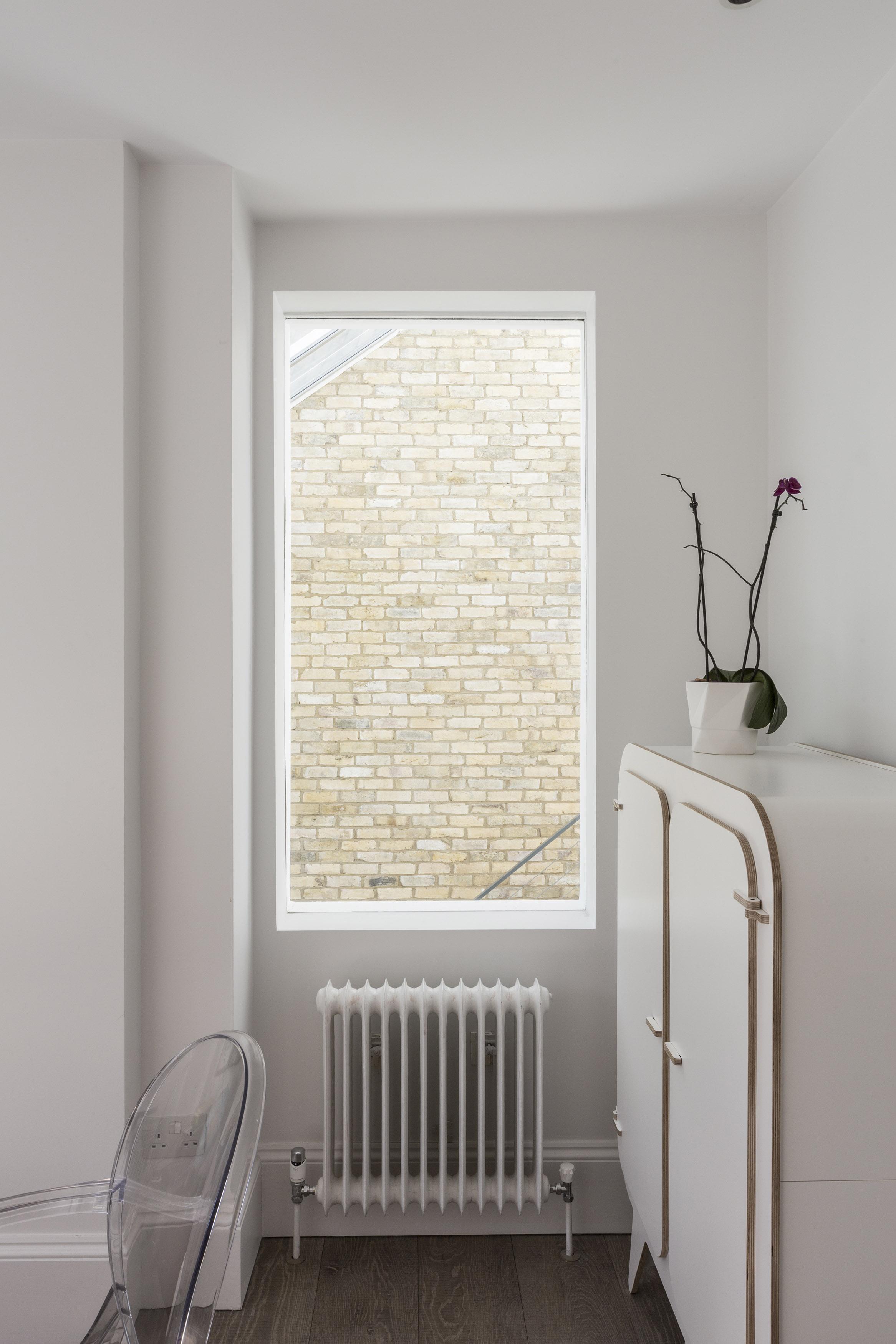 Primrose Hill - windows 01