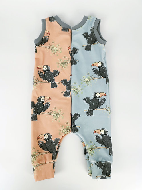 Toucans on blue - All items