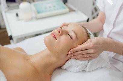 ліфтинговий масаж обличчя.jpg
