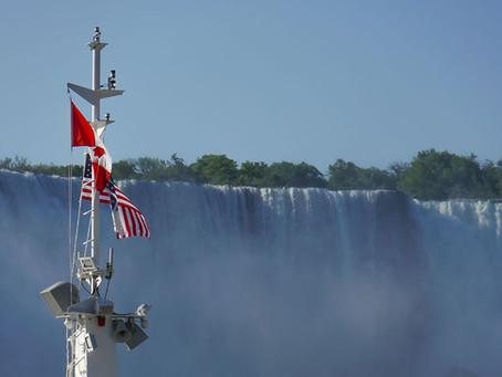 الگوی رفتاری کانادا و آمریکا در برخورد با کرونا