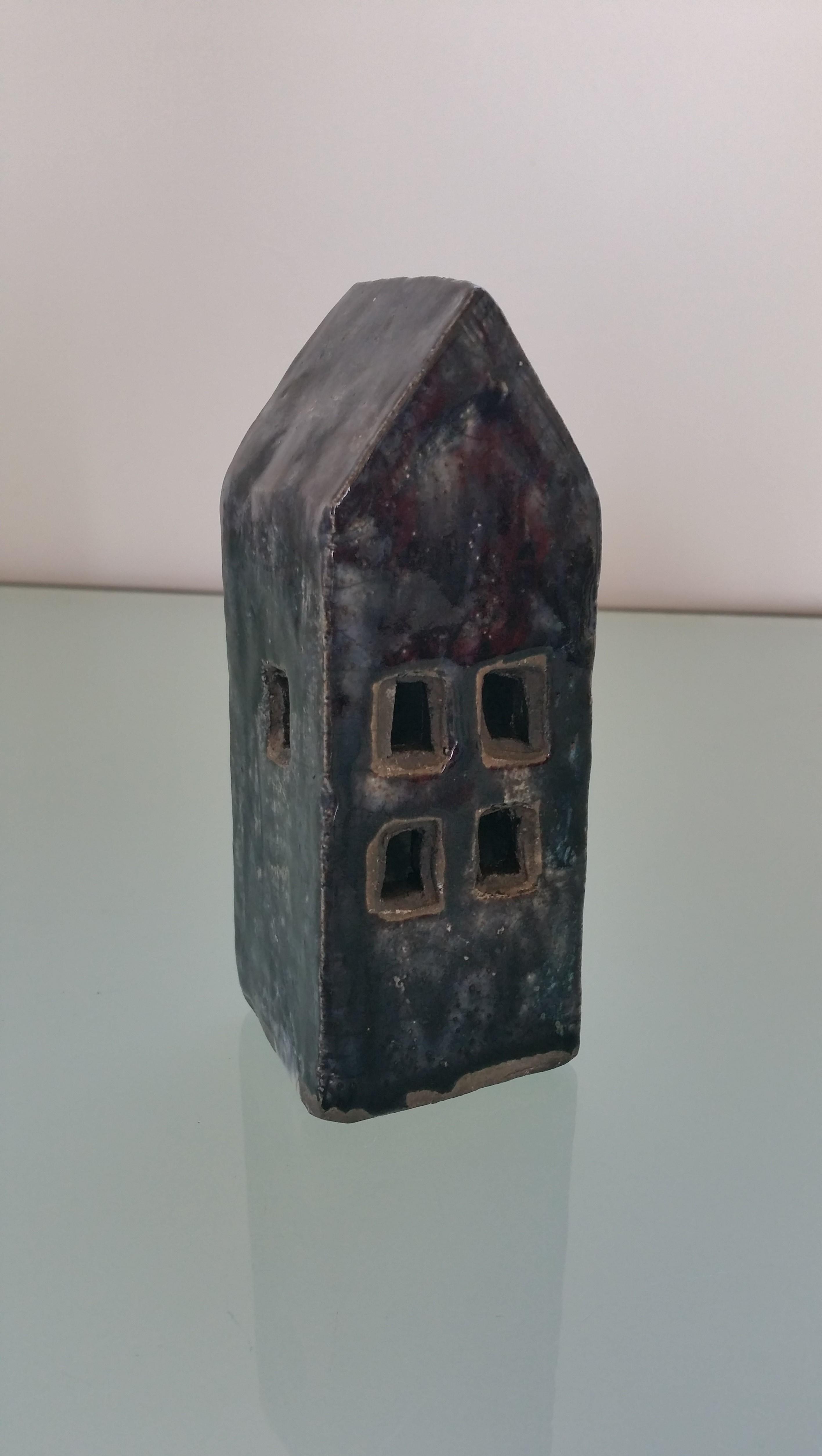 Raku House 24