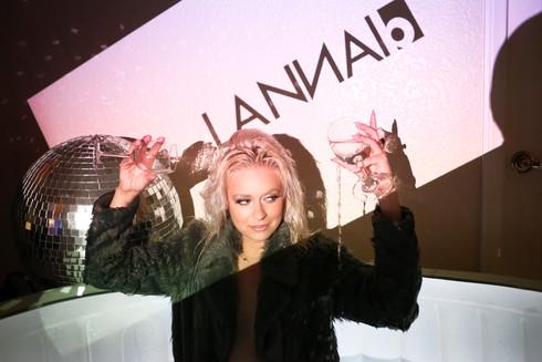 Lanna B