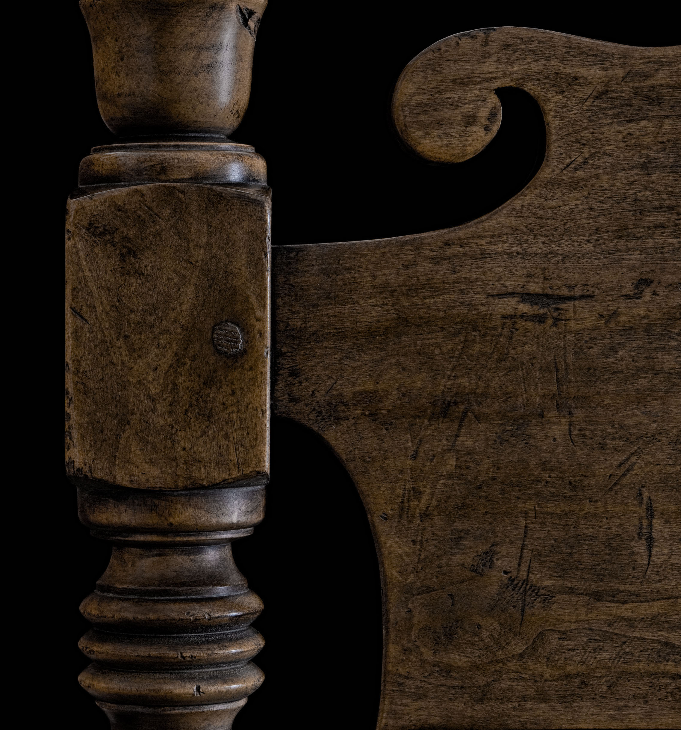 Antiqued Walnut