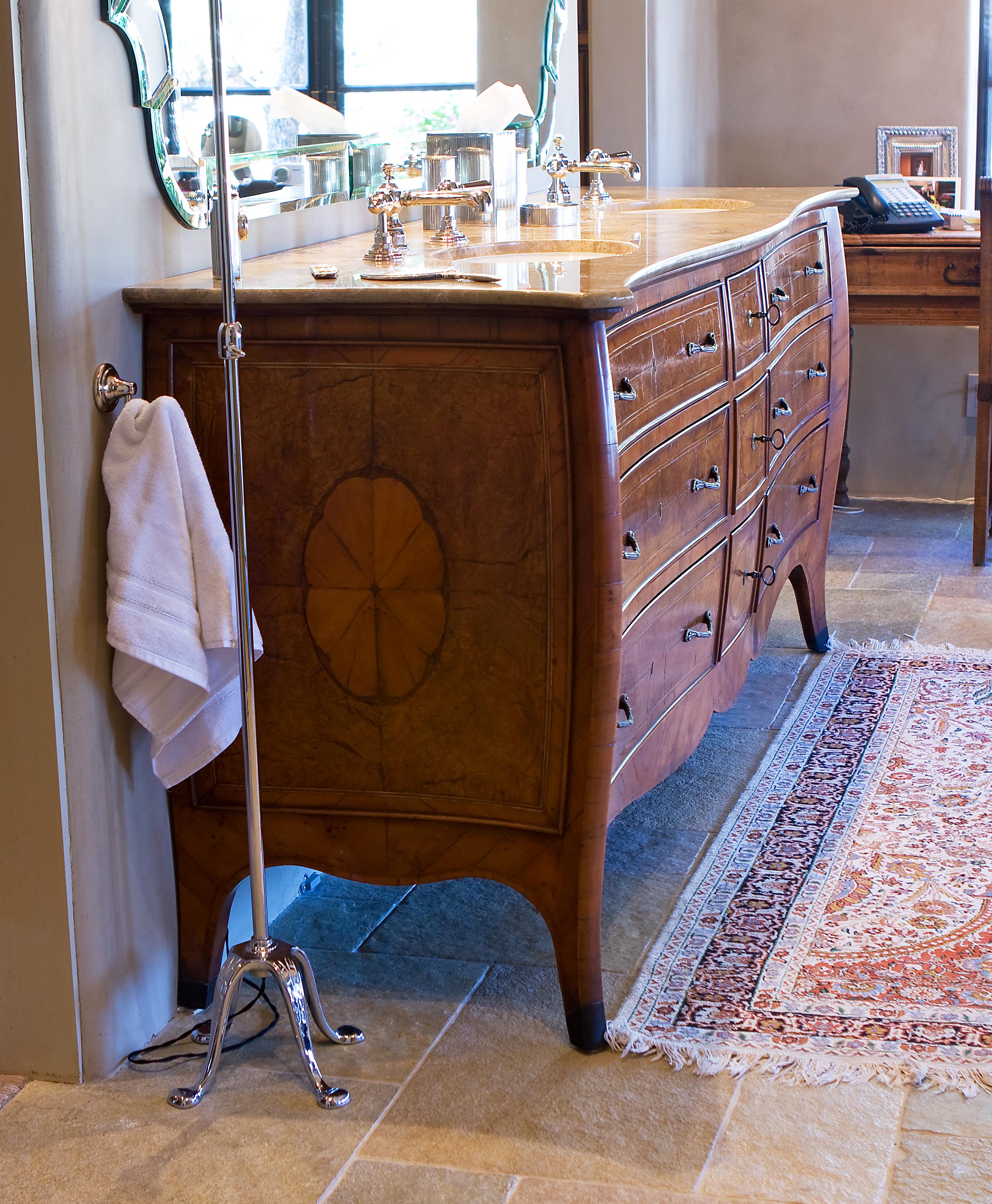 Antiqued Veneer Vanity