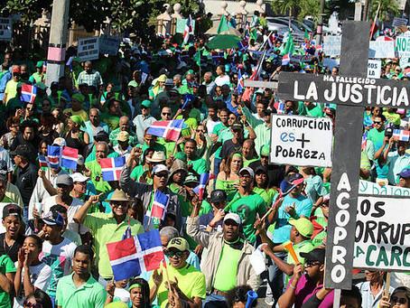 Movilización contra la corrupción en Dominicana y el plebiscito Venezolano