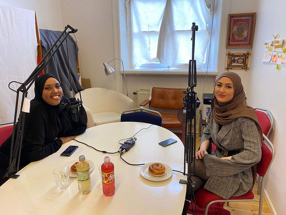 Yosra Ali on the right side at a podcast session